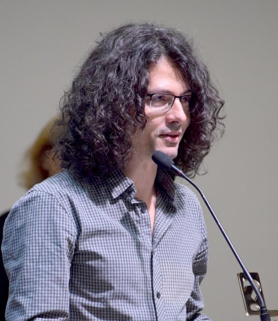 Jaime Martín dando un discurso frente al público
